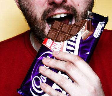Dieta del cioccolato: uomo americano perde 90 chili