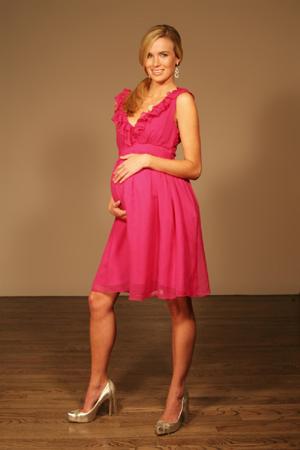 Donna incinta abito semplice