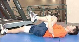 esercizi pilates schiena