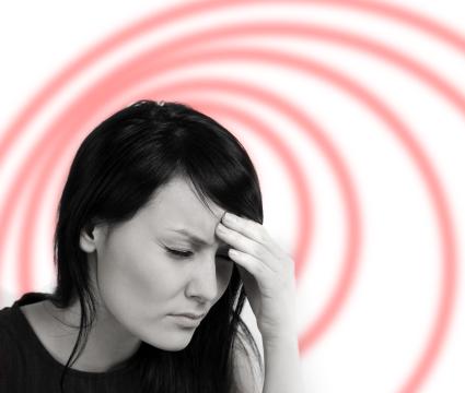Giramenti di testa improvvisi e continui: come combatterli