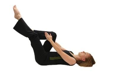 pilates esercizi per addominali gambe