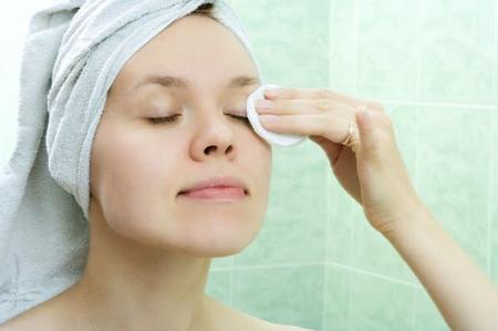 pulizia del viso trucco