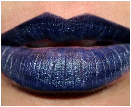 Tendenze make up inverno 2011: il rossetto blu