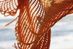 Schemi maglia: scialle con le frange per l'inverno