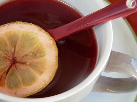Aglio e tè per combattere il raffreddore