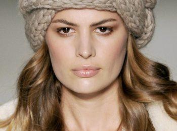 Lavori a maglia: la  treccia per i capelli