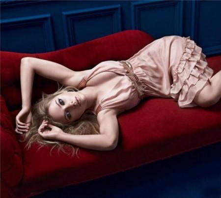 Scarlett Johansson designer di borse per Mango