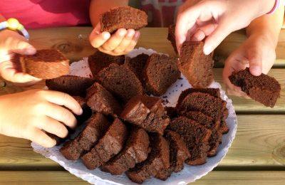 La merenda non è un pasto ben bilanciato per i bambini italiani