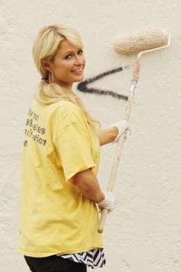 Paris Hilton lavoro