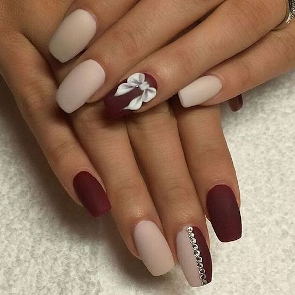 Colata unghie gel fiocco
