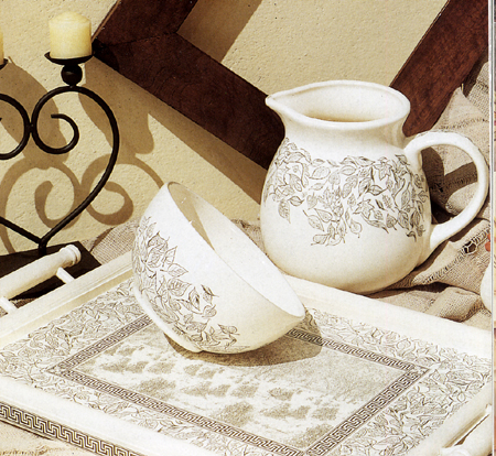 Decoupage: ceramica decorata con i trasferibili