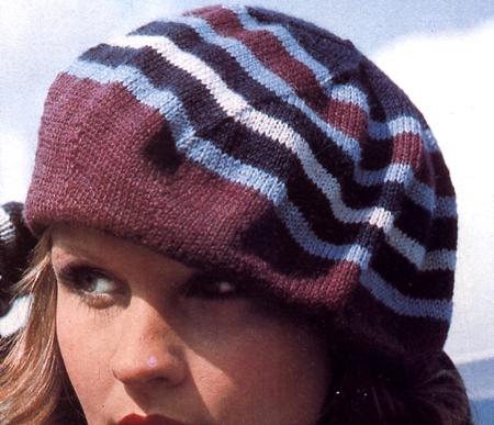 Lavori a maglia: un cappello a righe