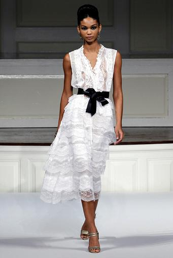 oscar de la renta abito bianco