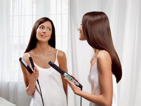 Cura dei capelli, phon e piastra fanno male