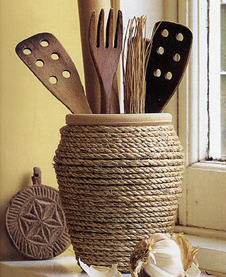 Un porta utensili per la cucina