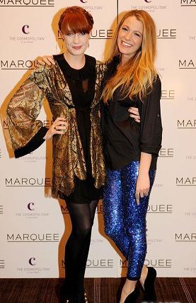 Blake Lively con pantaloni glitterati Isabel Marant