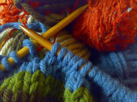 Lavori a maglia: come realizzare un campione