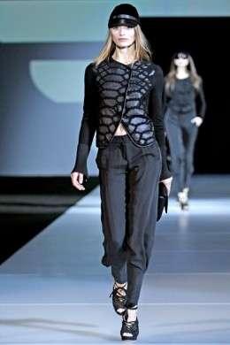 Emporio Armani: collezione A/I 2011-12 a Milano Moda Donna
