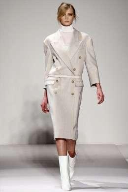 Gianfranco Ferrè: collezione A/I 2011-12 a Milano Moda Donna