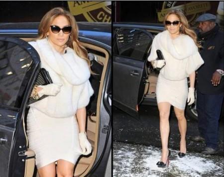 Jennifer Lopez con accessori Christian Louboutin