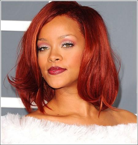 Star look: il make up di Rihanna ai Grammy Awards