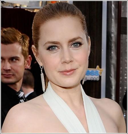 Star look: il trucco di Amy Adams ai SAG Awards