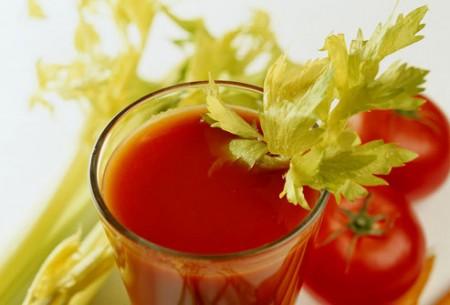 Verdure, succhi e concentrati per mantenere la linea