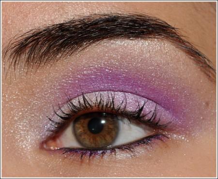 trucco occhi viola brillante