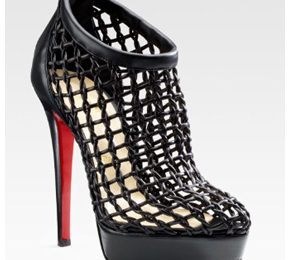 Christian Louboutin: tutte pazze per i Coussin Caged Ankle Boots