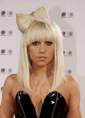 Tinture per capelli troppo aggressive: Lady Gaga sta diventando calva?