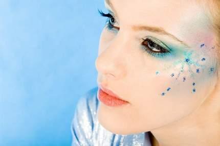 Make up, come far durare a lungo il trucco