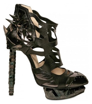 I Nicholas Kirkwood for Rodarte Metal Pumps adorati dalle star