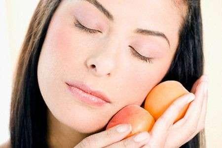 Consigli per avere la pelle del viso sana e luminosa