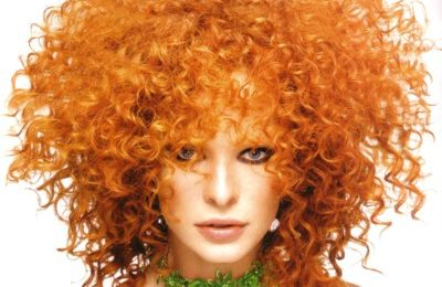 Colore capelli, come scegliere la tinta naturale più giusta