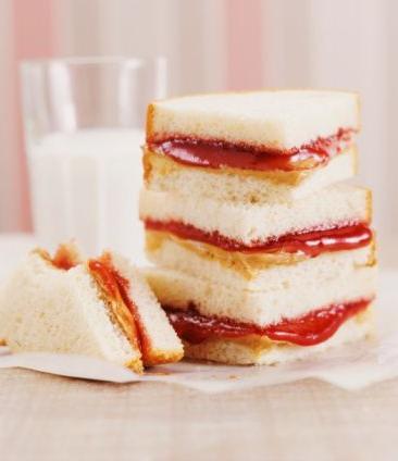 Ricette veloci: sandwich marmellata e burro d'arachidi
