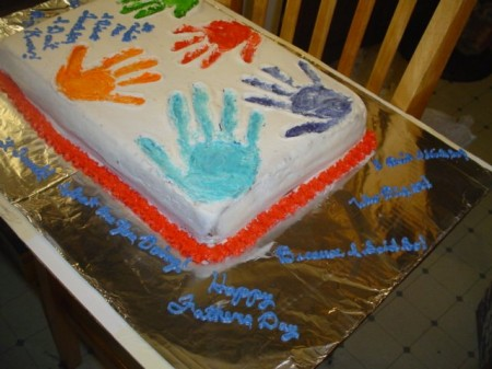 torta festa papa con mani