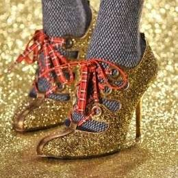 Vivienne Westwood: le scarpe glitterate per la Paris Fashion Week