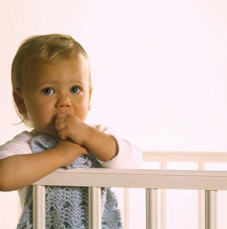 Bambini: se non fanno la nanna è colpa di mamma e papà