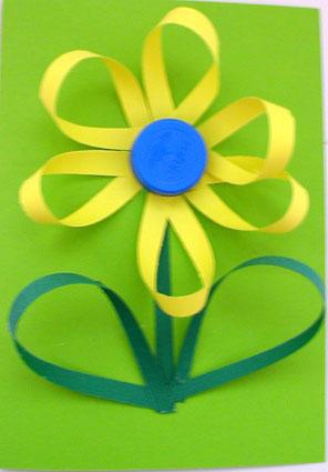 Festa della mamma 2011: guida per creare un bel fiore di carta