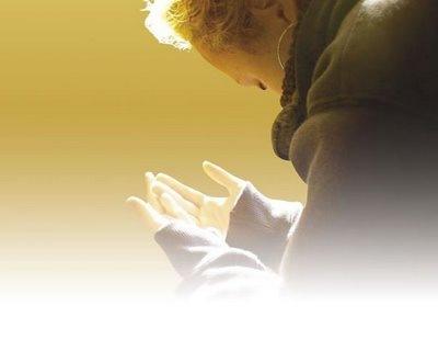 Longevità: il segreto è la religione, chi prega vive di più