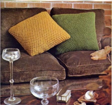 Lavori a maglia: come realizzare un cuscino a maglia doppia