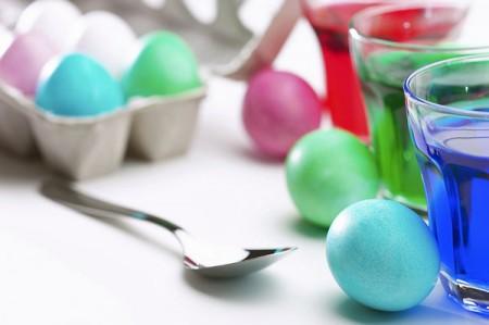 """Pasqua 2011: come colorare le uova """"naturalmente"""""""