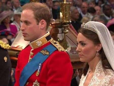 Kate Middleton, capelli sciolti per le nozze