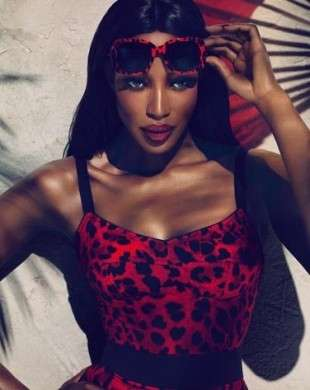 Dolce & Gabbana: Naomi Campbell per la collezione di occhiali animalier