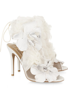 Scarpe sposa: i sandali in tulle e pelle di Valentino