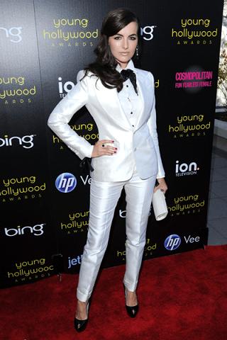 Il look menswear di Camilla Belle firmato Tom Ford