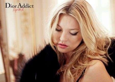 Kate Moss per Dior Addict lipstick, le foto dell'adv