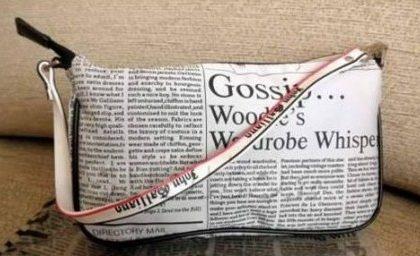 John Galliano, la pochette Gazette: le stampe in bianco e nero impazzano!