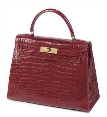 Hermes: borsa Kelly battuta all'asta per 54mila euro. Una follia?