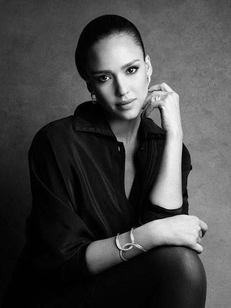 Jessica Alba è il nuovo volto di Piaget Possession